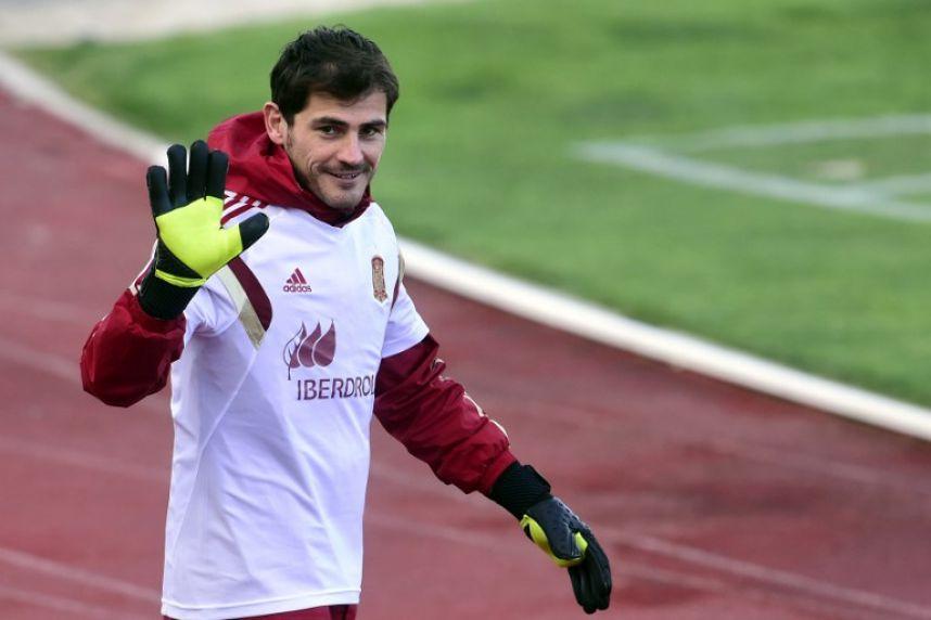 Iker Casillas 2016 Atajadas