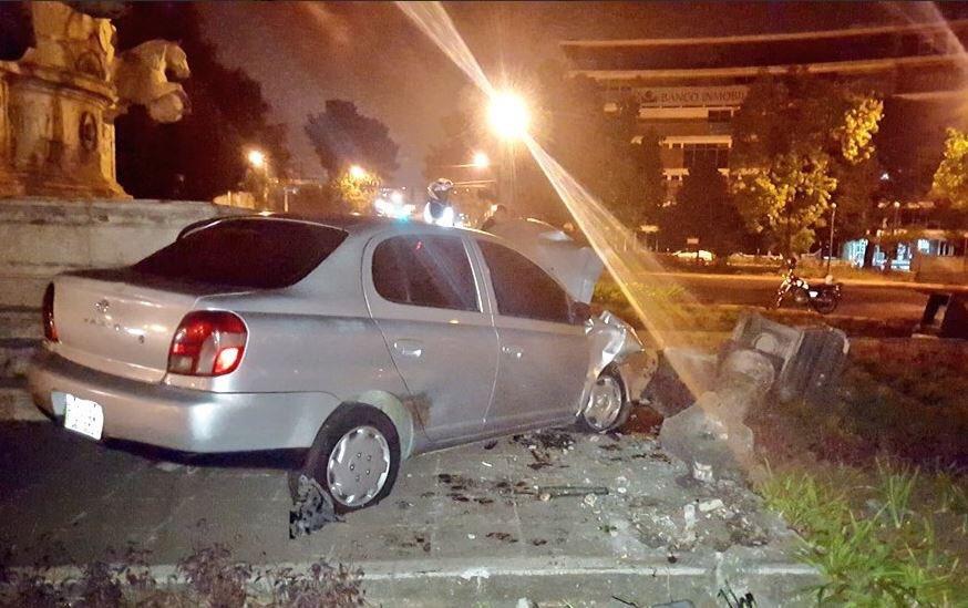 Carro empotrado en Plaza España