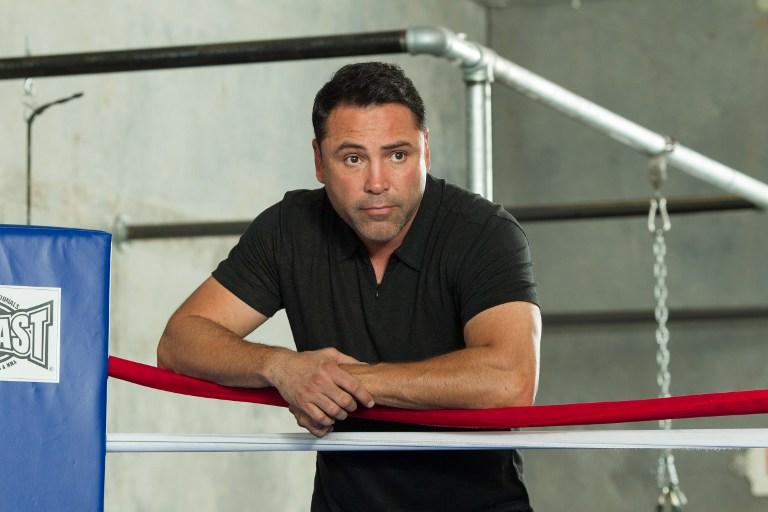 Exboxeador Oscar de la Hoya