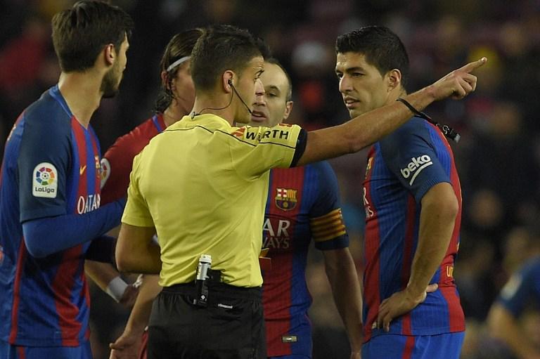 Luis Suárez, expulsado en el partido Barcelona vs Atlético de Madrid