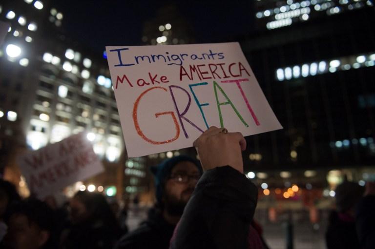 Apoyo a inmigrantes