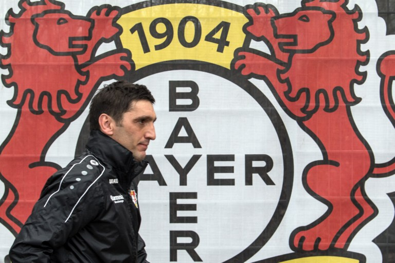Tayfun Korkut, nuevo técnico interino del Bayer Leverkusen
