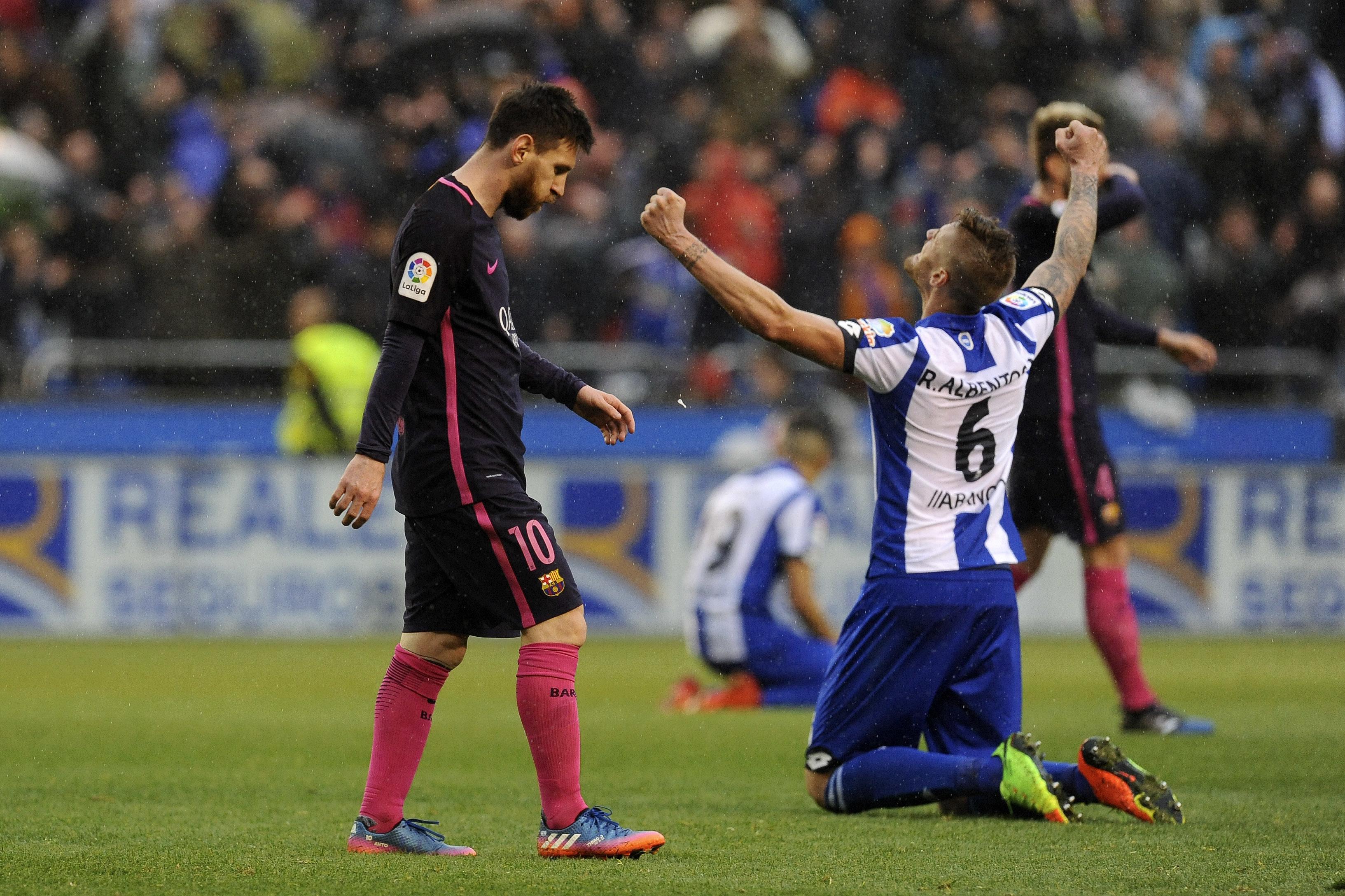 Leo Messi se lamenta tras perder un partido