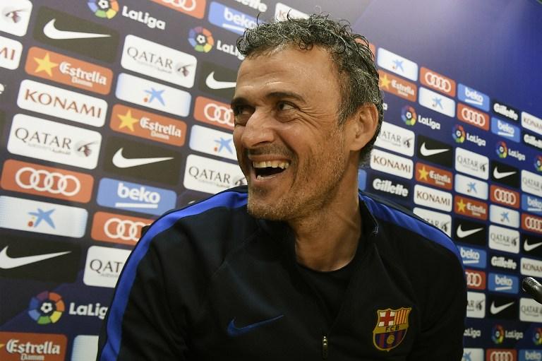 Luis Enrique sonriendo