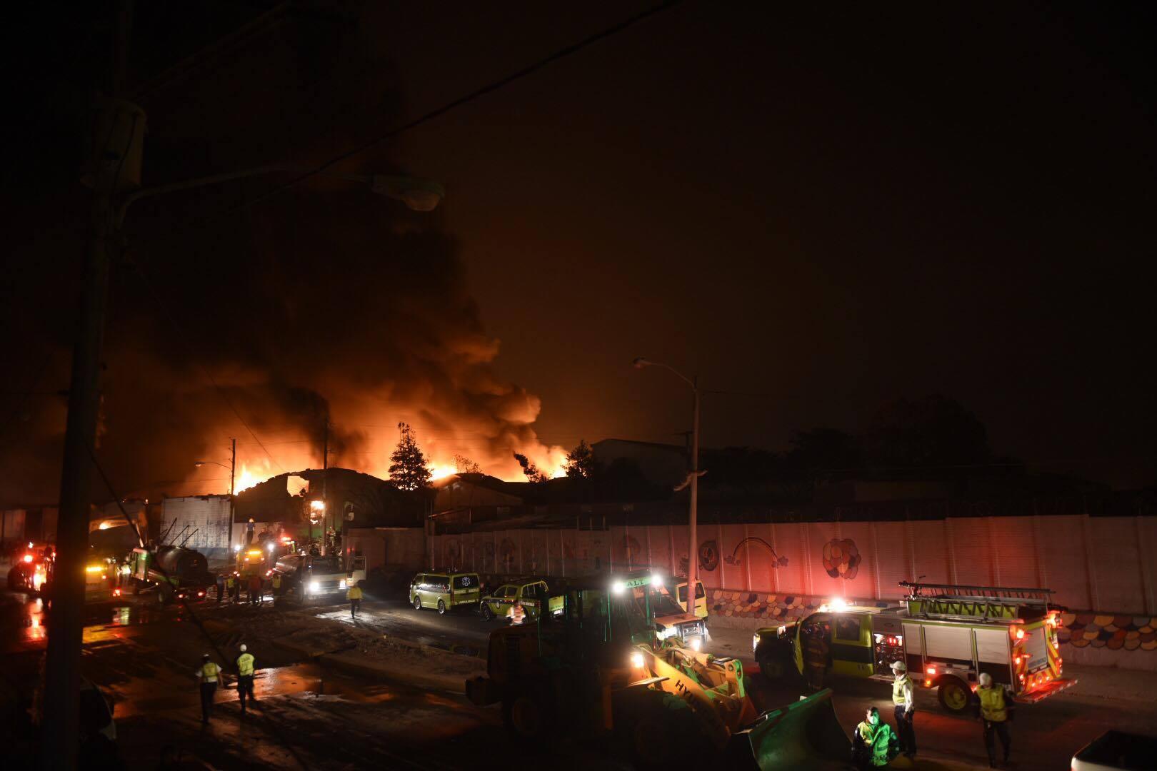 Incendio en colonia Landívar