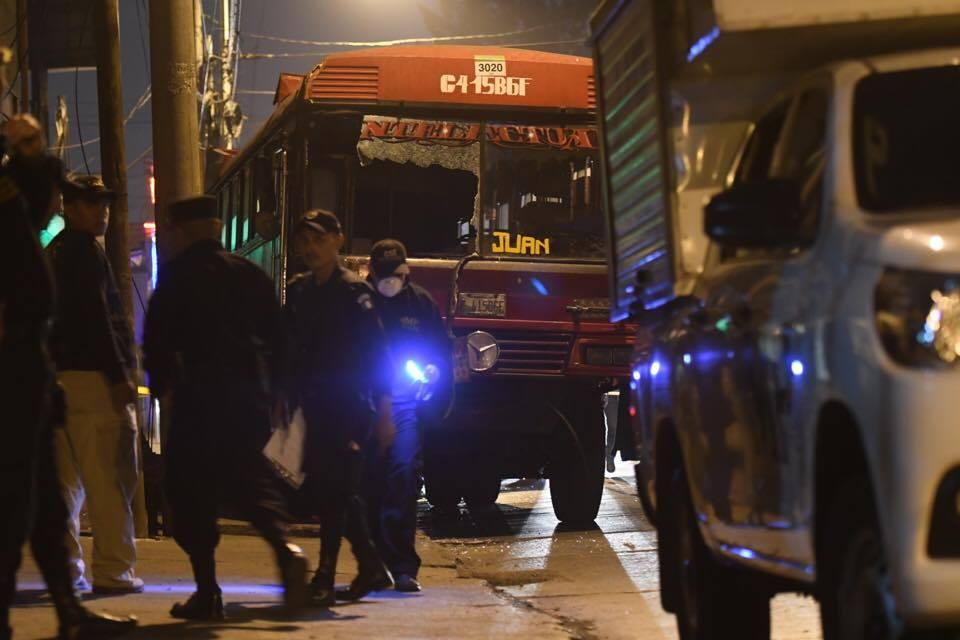 Ataque a bus urbano en zona 9