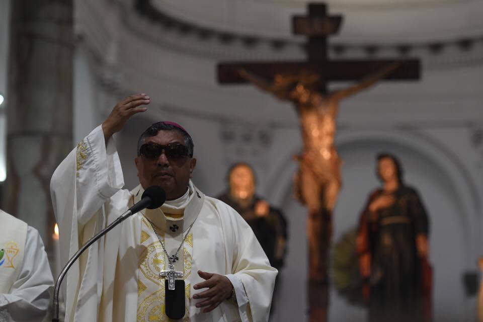 Monseñor Julio Vian Morales.