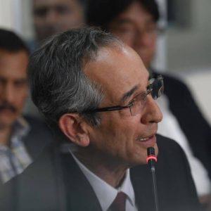Álvaro Colom.