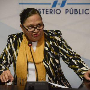 Diputados de Semilla y URNG accionan legalmente contra la fiscal Consuelo Porras