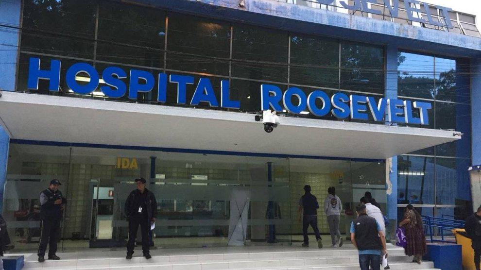 Anuncian que el área de COVID-19 del Hospital Roosevelt llegó al tope de su capacidad.