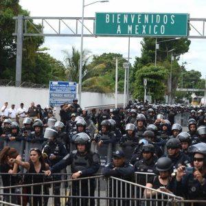 México extiende restricciones en fronteras por covid-19