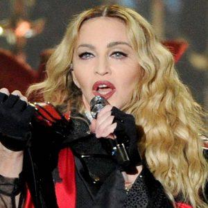¡Irreconocible! Madonna sorprende con nuevo cambio de look