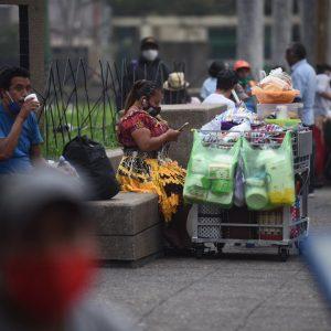 Salud define guía para que mercados puedan ampliar horario de atención