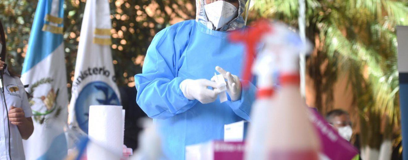 Los kits y pruebas rápidas de Covid-19 presentados por Salud