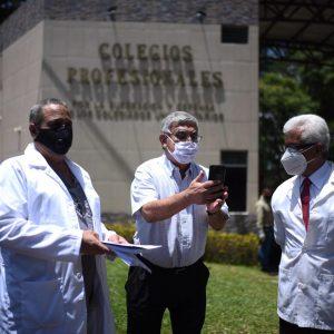 Médicos piden protección a Colegio de Profesionales