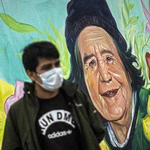 Mural fallecidos por Covid-19 en Perú