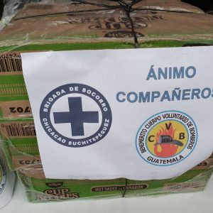 Brigada de Socorro lleva víveres a Bomberos Voluntarios