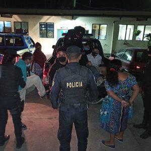 capturados por realizar fiesta clandestina en Chimaltenango