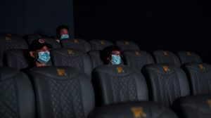 Reabren cines en Shanghái, China