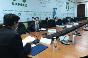 Citación a autoridades de SAT, Banguat y Finanzas