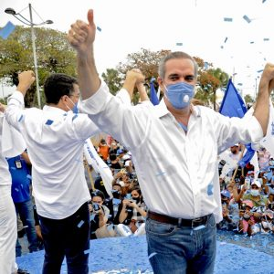 Luis Abinader gana elecciones en República Dominicana