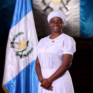 Ministra Silvana Martínez