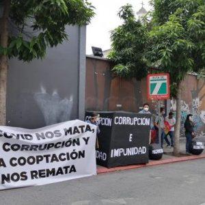 Centinelas manifiestan frente al Congreso de la República