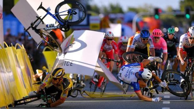 Caídas en la primera etapa del Tour de Francia