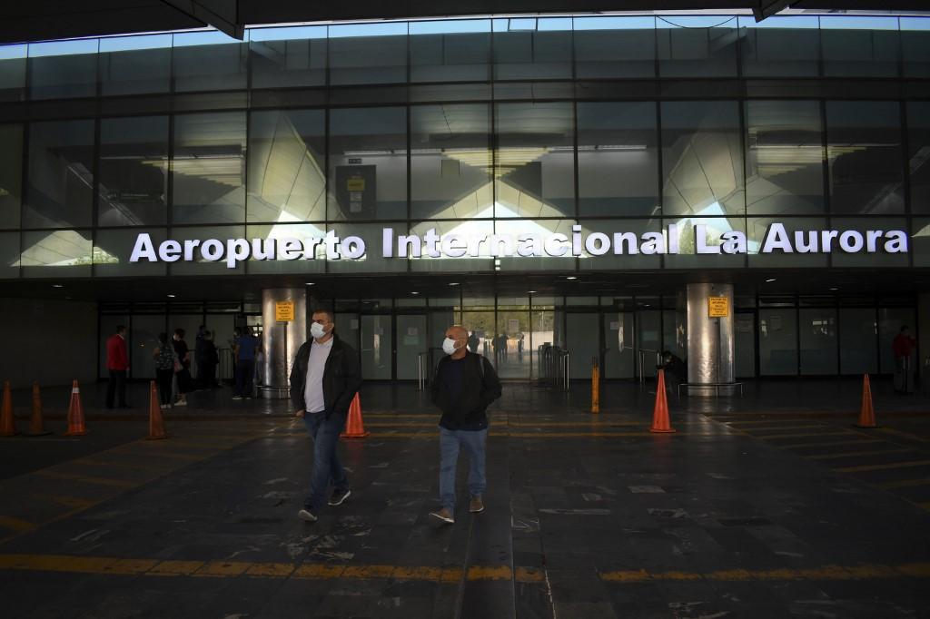 Guatemaltecos varados