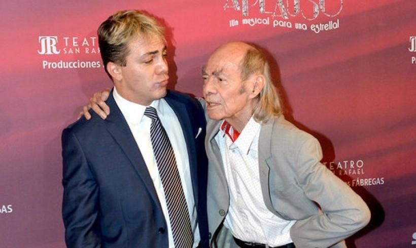 """Manuel """"El Loco"""" Valdés y su hijo"""
