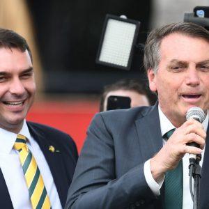 Flavio y Jair Bolsonaro