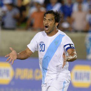Carlos Ruiz confía en el talento del jugador guatemalteco