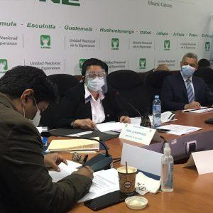 Citación de la ministra de Educación, Claudia Ruiz, con la bancada UNE.