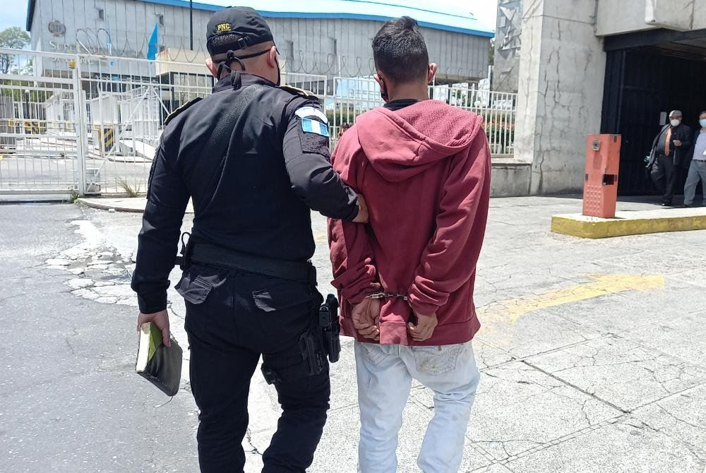 extorsionista capturado en avenida Elena, zona 1 capitalina