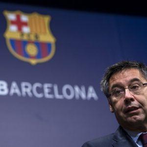 Josep Bartomeu es detenido por la policía junto a otros dos exdirectivos del Barcelona