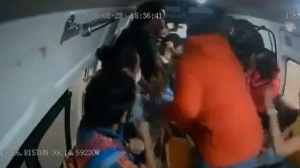 Video de asalto a combi en Naucalpan