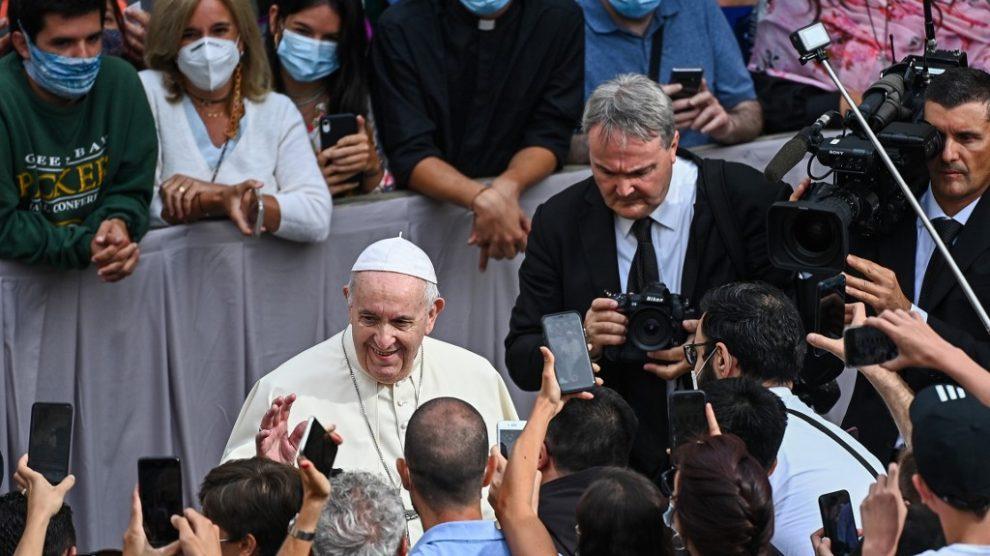 Primera audiencia al aire libre del papa Francisco tras la pandemia