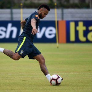 Brasil recibe a Bolivia en el inicio de las eliminatorias