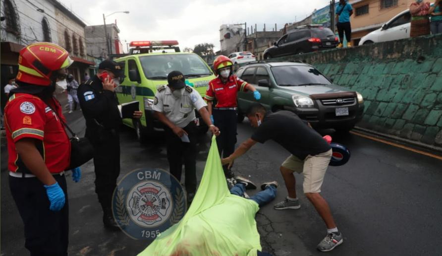 Motorista muere atropellado