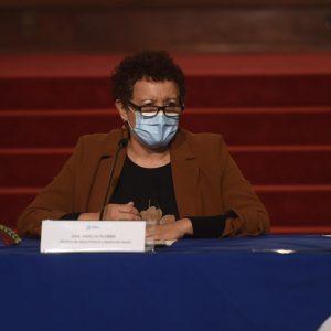 Ministra de salud indica que ya hay un plan de medidas para frenar contagios