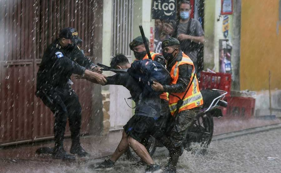 Hondureños fueron expulsados del país