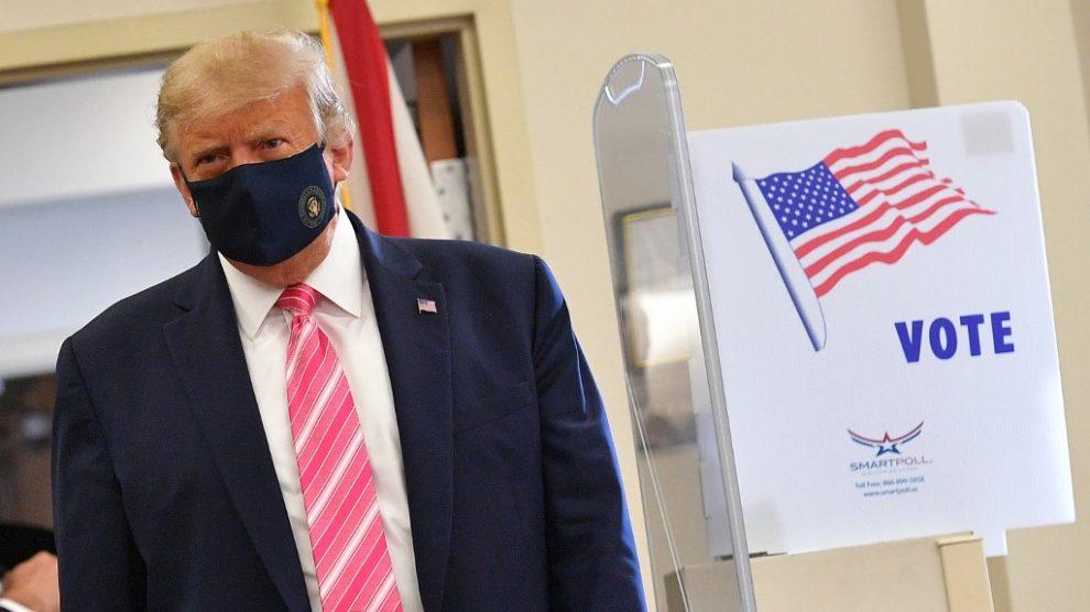 Donald Trump emite voto anticipado en Florida