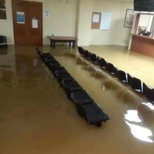 Clima lluvioso causa inundaciones en San Pedro Carchá.