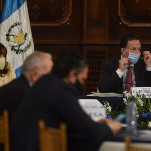 Diálogos para la readecuación del presupuesto 2021.