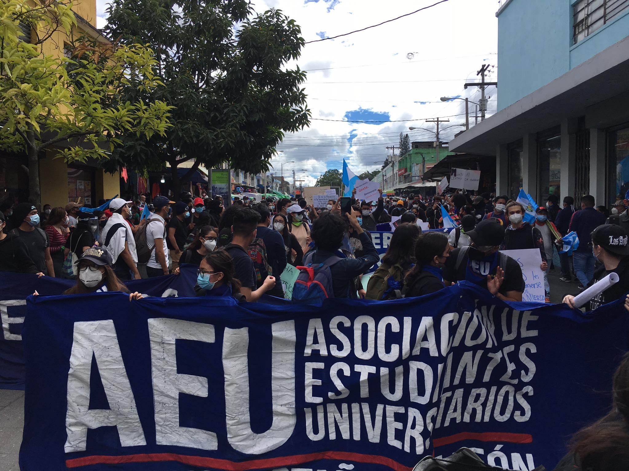 Piden la renuncia a Alejandro Giammattei, presidente de Guatemala.