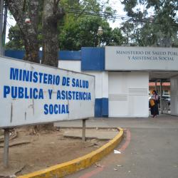 Salud declara alerta roja hospitalaria por incremento de COVID-19