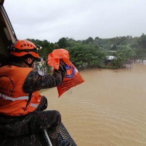 Ayuda humanitaria por la emergencia Eta.