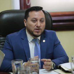 Diputados rechazan moción que recomendaba la destitución del ministro de Gobernación