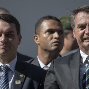 Flávio y Jair Bolsonaro