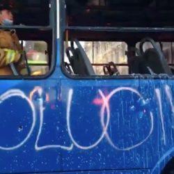 VIDEO. Unidad de Transurbano es incinerada durante manifestación